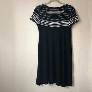 Max studio shift dress. NWT